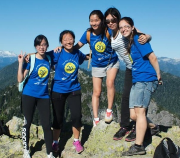 ISMC organizes hikes and other activities with overseas students.