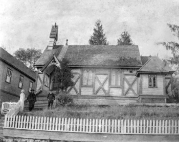 Rector John Davis  and Archdwarden Charles Digby, former Royal Engineer, in front of St. Mary the Virgin, Sapperton in 1898. Photo courtesy of St. Mary's Sapperton.
