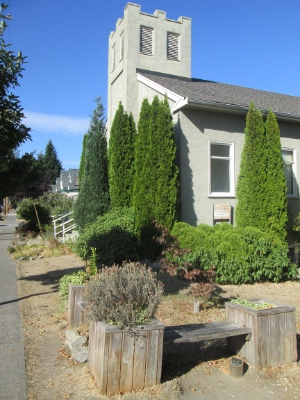 Cityview Baptist Church is just east of Main Street at 28th Avenue.