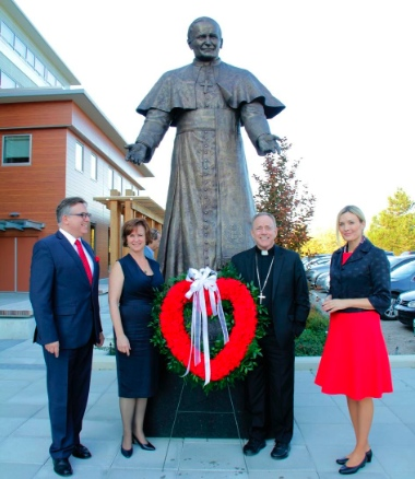 From left, : Polish Consul General, Dr. Kryzysztof Olendzki, Louise Solecki Weir (sculptor), Archbishop Michael Miller and Mrs. Olenddzki. P