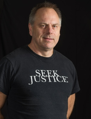 Dean Siminoff founded Martial Arts for Justice.